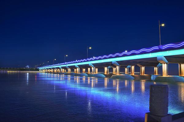 桥梁亮化工程施工中的注意事项